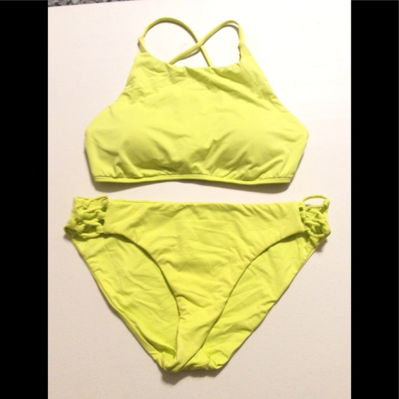 Roxy Other - Roxy Bikini Set in color Geno, NWT